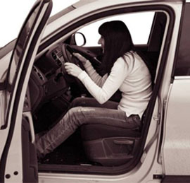 Правильная посадка за рулем. Первые уроки вождения